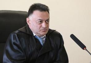 Изменившему меру пресечения в отношении Кочаряна судье представят ходатайство о самоотводе