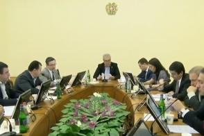 Словесная перепалка между депутатами от «Моего шага» и «Светлой Армении»