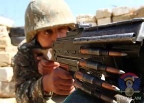 Հակառակորդը բացի հրաձգային զինատեսակներից՝ կիրառել է նաև հաստոցավոր ավտոմատ նռնականետ