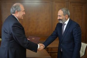 Конфликт между Арменом Саркисяном и Николом Пашиняном продолжается