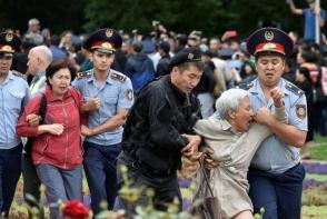 Ղազախստանում ոստիկանությունը շուրջ 700 մարդ է բերման ենթարկել չարտոնված ակցիաներին մասնակցելու համար
