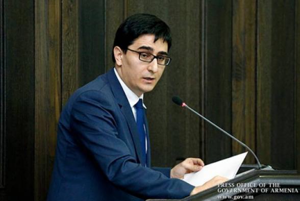 Եղիշե Կիրակոսյանն ազատվել է վարչապետի խորհրդականի պաշտոնից նշանակվել ՄԻԵԴ-ում ՀՀ ներկայացուցիչ