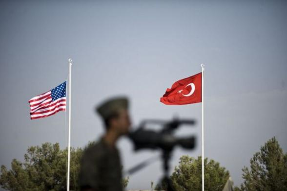 МИД Турции заявили о планах Трампа создать на севере Сирии буферную зону
