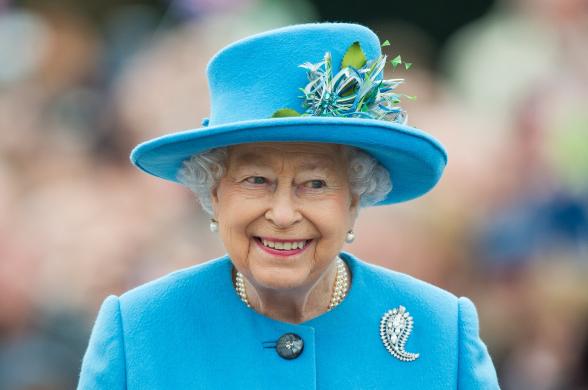 Հայտնի է դարձել Մեծ Բրիտանիայի թագուհու պայուսակի պարունակությունը