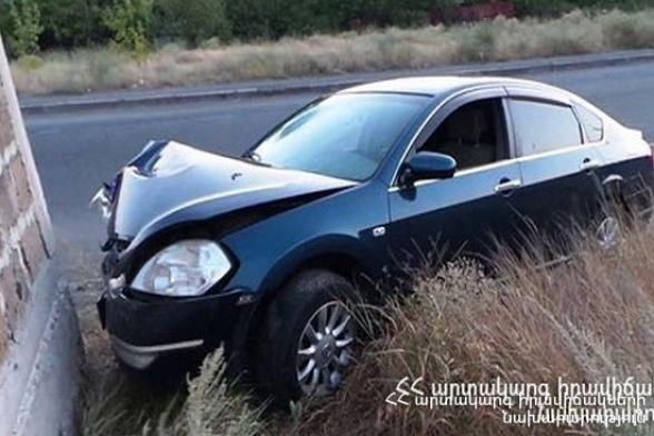 Սիսիանում «Opel Astra»–ն դուրս է եկել ճանապարհի երթևեկելի հատվածից և բախվել պատին. վարորդի վիճակը ծանր է