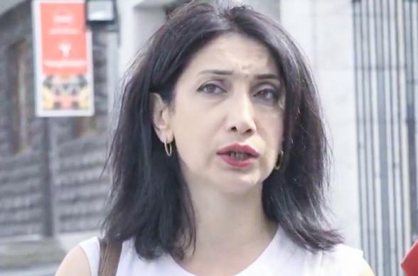 «Մենք ունենք բռնապետական ռեժիմ, որը փորձում է լռեցնել իրազեկված քաղաքացիներին». Սոնա Աղեկյանը նամակ հանձնեց ԵՄ գրասենյակ
