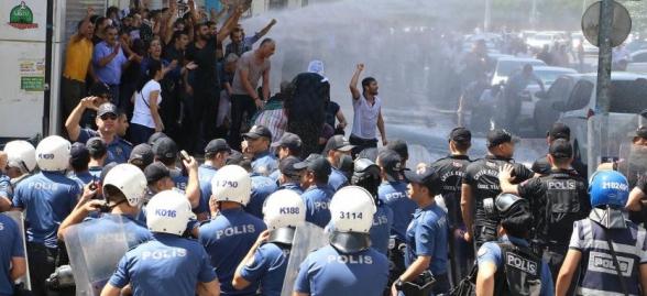 Թուրքիայի մի շարք քաղաքներում հակակառավարական ցույցեր են