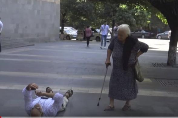 Бабушка РПА – Гаспари: «Ара, вставай, стыдно уже!»