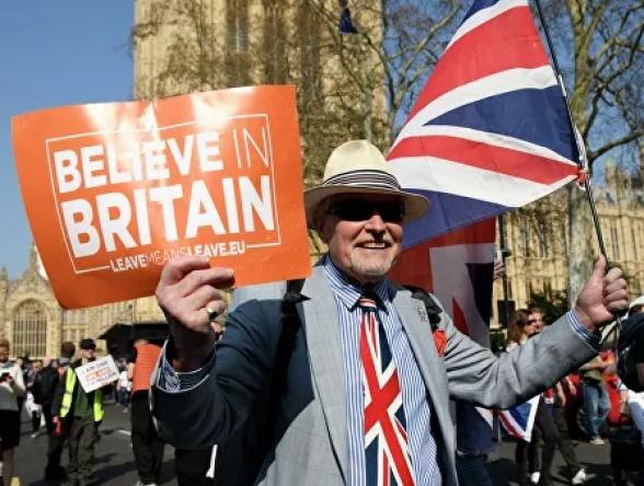 В Британии оппозиция договорилась не допустить «Brexit» без сделки