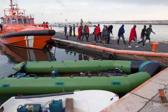 У испанского побережья спасли более 200 мигрантов