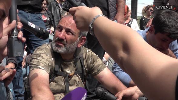 Никол Пашинян: между «военными патриотами» и «пацифистами»