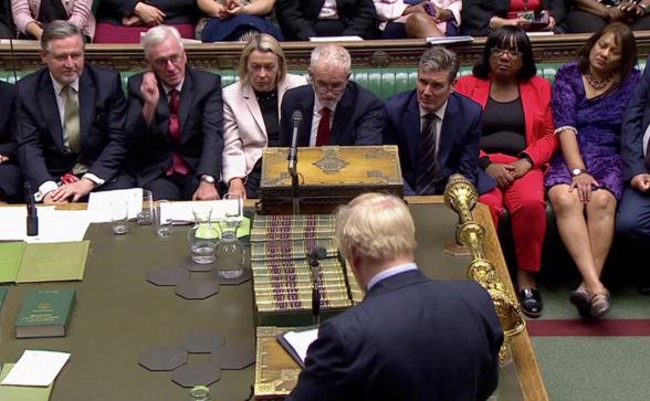 Джонсон пригрозил досрочными выборами из-за тупика с «Brexit»