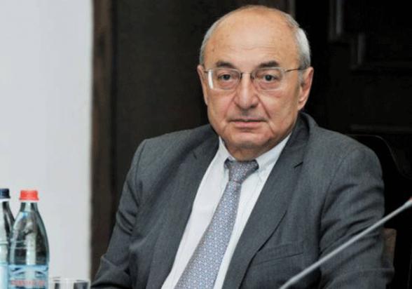 Արցախն անկախ պետությո՞ւն, թե՞ Հայաստանի մարզ․ Վազգեն Մանուկյան
