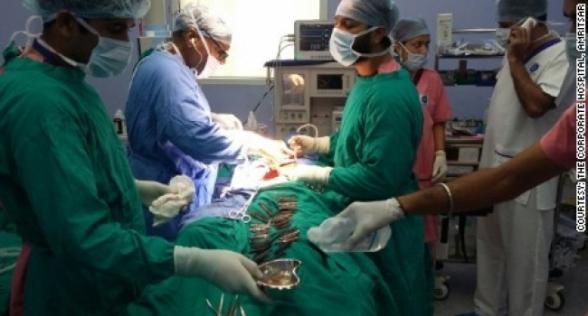 Հնդկաստանում կինը երկվորյակ է ծննդաբերել 74 տարեկան հասակում