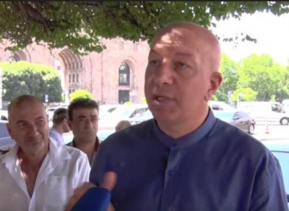 «Վարչապետն ո՞վ է, որ մեզ ասի՝ գնա Գյումրի». ավոտներկրողները դեմ են ավտոմաքսատան տեղափոխմանը (տեսանյութ)
