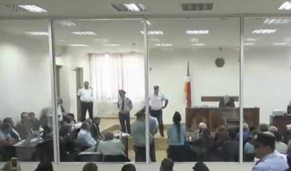 Решение суда по ходатайству об отмене меры пресечения в отношении Роберта Кочаряна будет оглашено 17 сентября (видео)