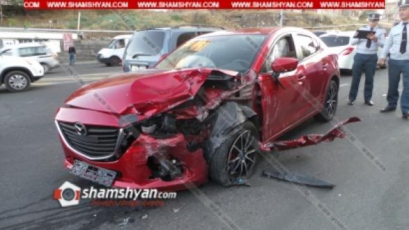 Երևանում բախվել են՝ Mazda-ն, Opel-ը և Lada-ն. կա 5 վիրավոր