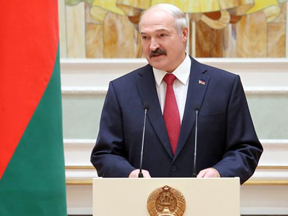 Лукашенко рассказал о «пользе» женщин в парламенте