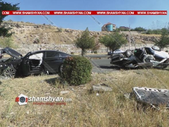 Աբովյանում բախվել են Hyundai Sonata-ն ու ВАЗ 2104-ը. կա վիրավոր