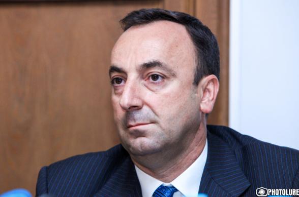 «Իմ քայլ»-ը Հրայր Թովմասյանի լիազորությունները դադարեցնելու նախագիծը ներկայացրել է ԱԺ նախագահին