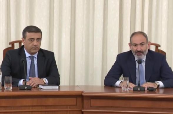 Никол Пашинян представил руководящему составу СНБ и.о. директора (видео)