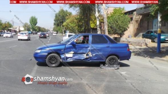 Ավտովթար Երևանում. բախվել են Opel Zafira-ն ու ВАЗ 21102-ը. կա վիրավոր