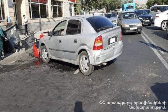 Երևանում բախվել է 4 ավտոմեքենա․ 3 մարդ տեղափոխվել է հիվանդանոց