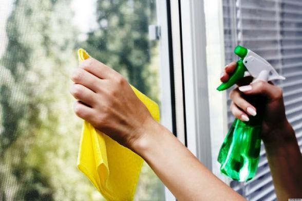 Մասիսում 32-ամյա կինը 5-րդ հարկի տան պատուհանը մաքրելիս վայր է ընկել
