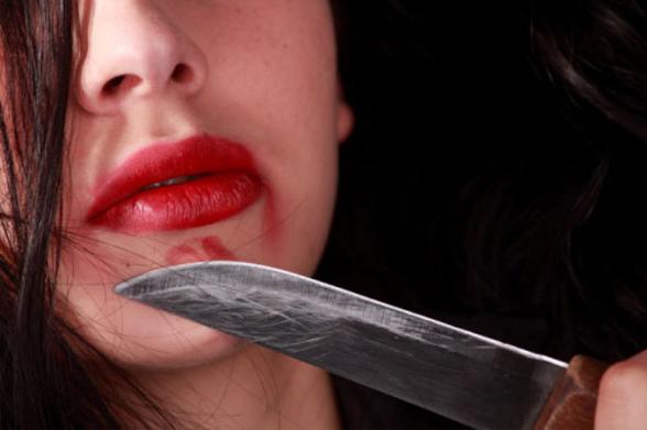 Ակունքում տղամարդը դանակով հարվածել է կնոջը