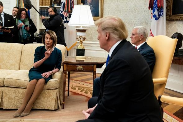 Нэнси Пелоси объявила о начале процедуры импичмента Трампу