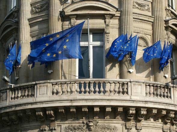 Франция воспротивилась вступлению Северной Македонии и Албании в ЕС