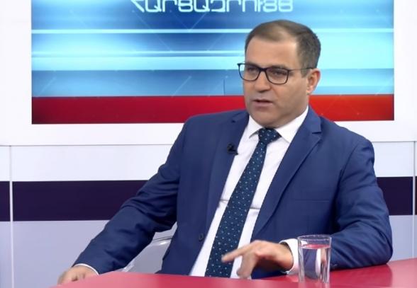 Непосредственная команда Пашиняна проигрывает соросовскому крылу власти – Нарек Малян (видео)