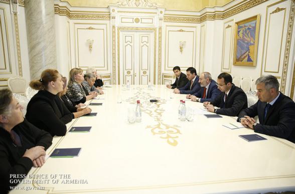 Տեսանյութ. Թեժ բանավեճ.չեմ հիշում, որ Դուք երբևէ այսպիսի հանդիպում ունեցած լինեք Սերժ Սարգսյանի հետ, նախկին վարչապետների հետ և այդ շեշտադրումներով հանդես գաք