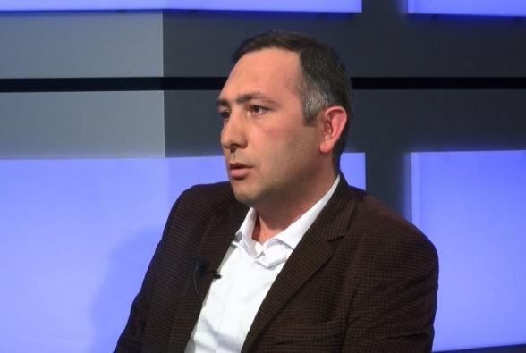 Չկա ու չի եղել Հայաստանում իշխանություն, որն այսքան անպատվաբեր ձևով խաղա պետական կառույցների, իշխանության հեղինակության հետ