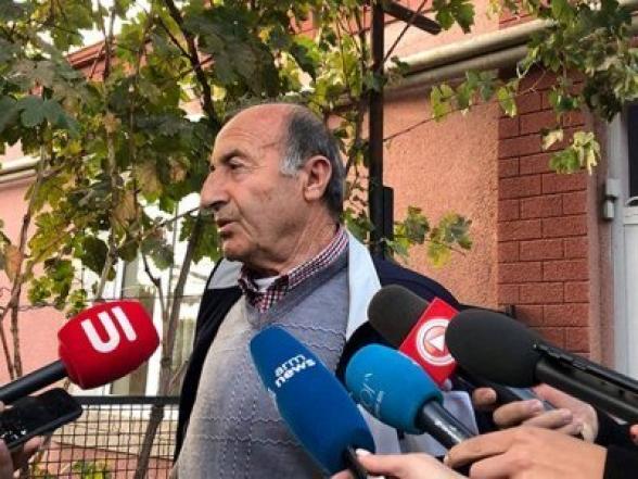Տեսանյութ.Հրայր Թովմասյանի հոր ինքնազգացուղությունն ԱԱԾ–ում վատացել է. կրկին տան տանիքի մասին են հարցրել
