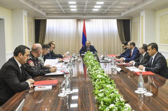 Под председательством Никола Пашиняна проходит заседание Совета безопасности РА