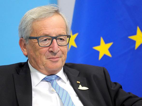 Юнкер прослезился на саммите ЕС (видео)
