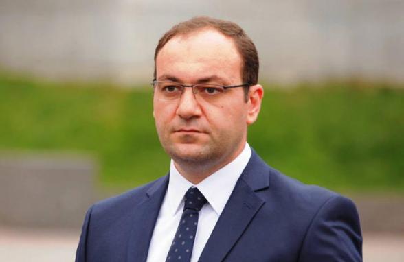 Задержан бывший замглавы аппарата НС Арсен Бабаян