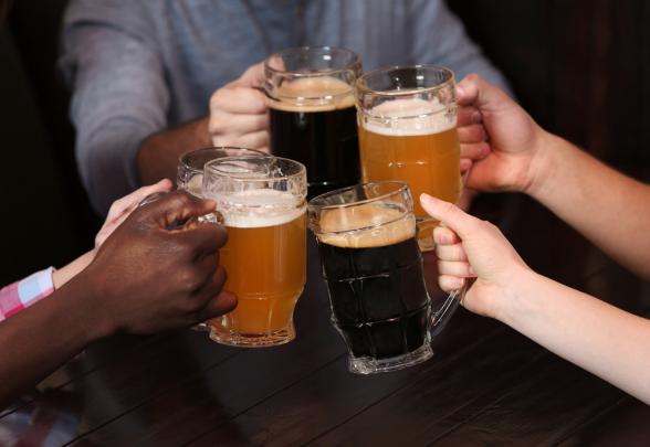 Стала известна самая пьющая страна в мире