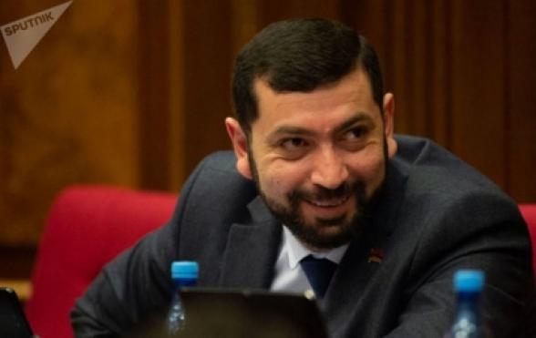 У депутата парламента Армении украли часы «Rolex»