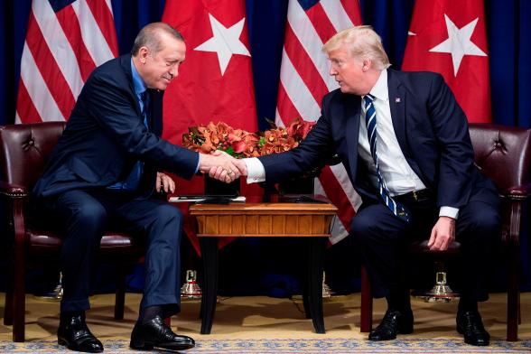 Трамп предлагал Эрдогану сделку на $100 млрд – СМИ
