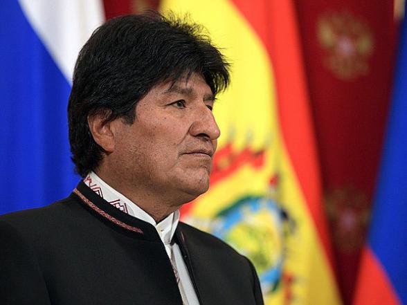 Экс-президент Боливии попросил международной помощи