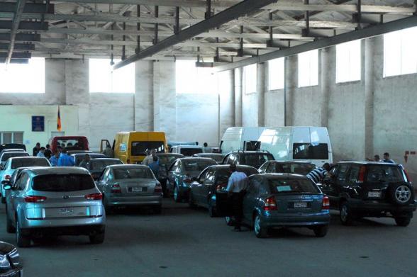 Գյումրիում մեքենան մաքսազերծելը այլ ծախսեր է առաջացնում․ «Ժողովուրդ»