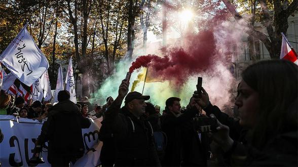 В МВД Грузии заявили о выходе за рамки закона митинга в Тбилиси