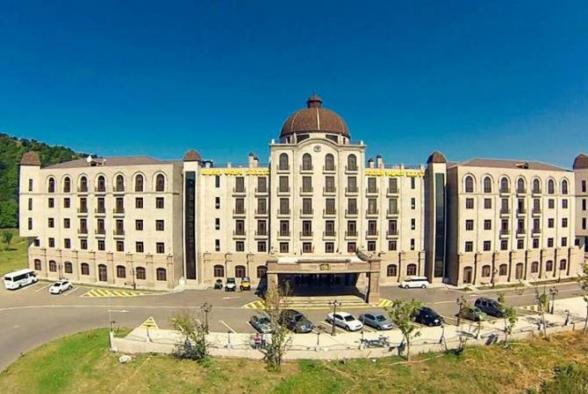 «Գոլդեն Փելիս» հյուրանոցը 7 մլրդ 526 մլն դրամ մեկնարկային գնով դրվեց աճուրդի