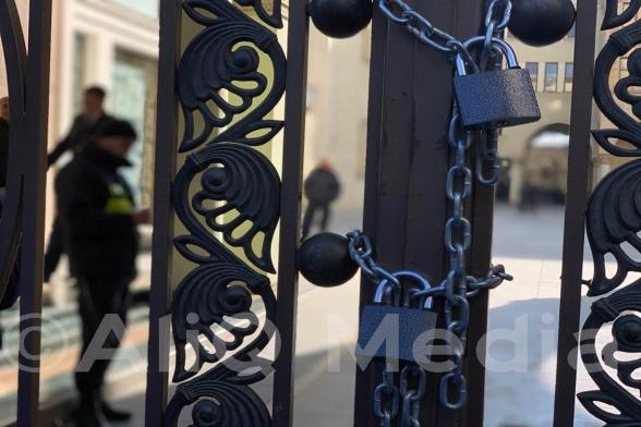 Վրաստանի ընդդիմությունը «Կողպեքների օր» է խոստանում ամեն հինգշաբթի