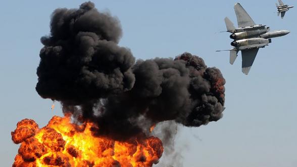 США и коалиция нанесли авиаудары по объектам ИГ на севере Сирии