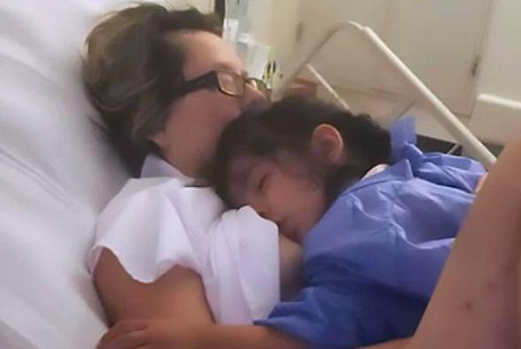 Մեկ ամիս կոմայի մեջ պառկած մայրն արթնացել Է կոմայից, որպեսզի կրծքով կերակրի քաղցած դստերը