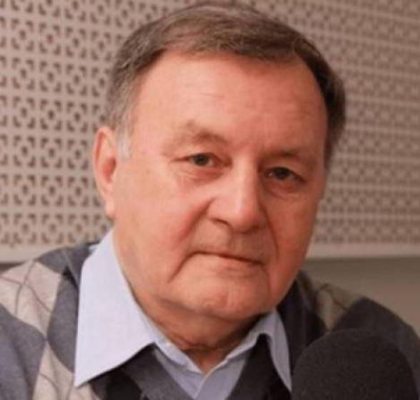 Станислав Тарасов