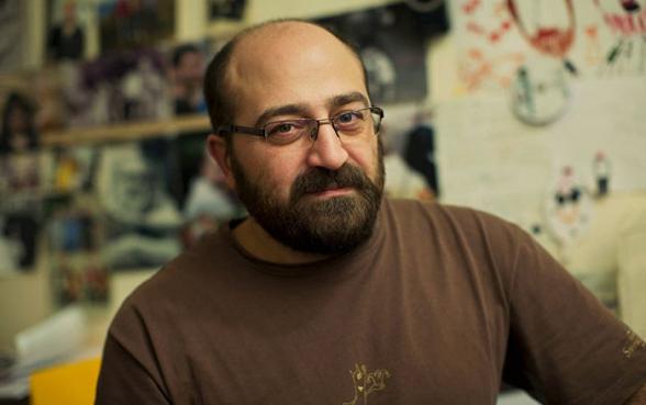 Я и вся наша команда лишились финансирования потому, что мы выступаем против антинациоальной, антиармянской политики сегодняшней власти